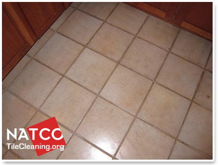 How To Paint Grout With A Grout Colorant - Best cleaner for dirty grout